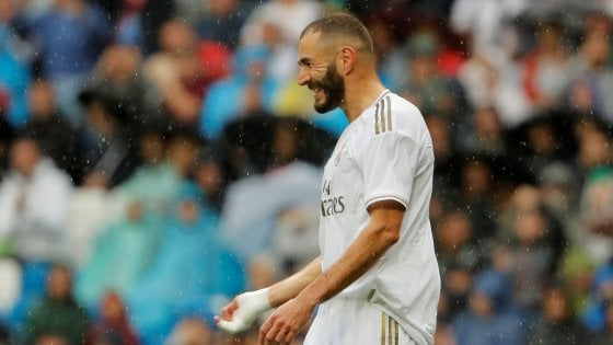 Partite Real Madrid Calendario.Liga Vittoria Con Brivido Per Il Real Madrid Da 3 0 A 3 2