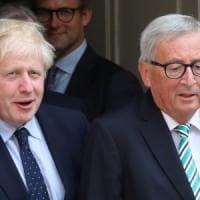 """Brexit, Johnson incontra Juncker: """"Se la Ue si muove, c'è tempo per trovare un accordo"""""""