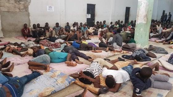 Migranti, 109 soccorsi dalla Ocean Viking, Malta accetta di trasbordare i 90 soccorsi dalla Guardia costiera italiana