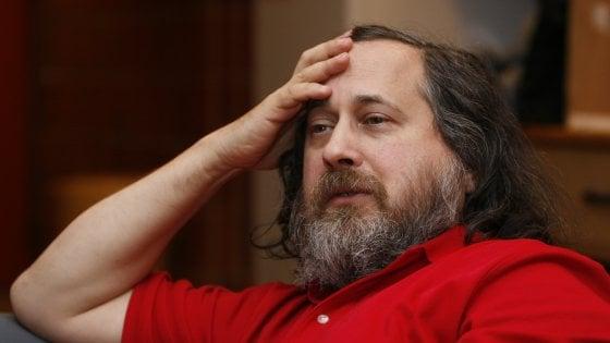 Caso Epstein, il guru del software libero Richard Stallman lascia il MIT