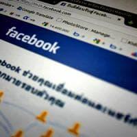 """Facebook svela la sua Corte di Appello: """"40 membri che decideranno su libertà di parola e..."""