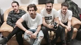 """Thegiornalisti, parla Leo Pari: """"Travolto da un ciclone ma non dico né no né sì""""Ecco chi è il probabile nuovo frontman della band"""