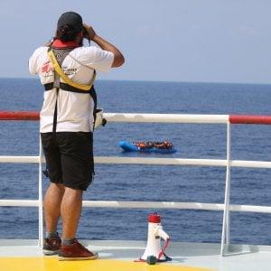 Migranti, terzo soccorso di Ocean Viking, in salvo altre 73 persone. A Lampedusa arrivano da soli in 115. Solo oggi tra Italia e Malta in salvo 233 persone