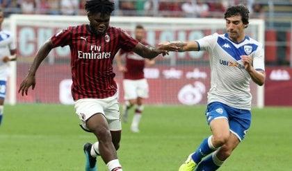 Ululati a Lukaku e Kessie,  Cagliari e Verona 'salve'