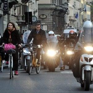 Dl ambiente, 2 mila euro di bonus rottamazione di auto e sconto sui prodotti sfusi