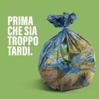 Legambiente analizza i rifiuti: i sacchetti di patatine i più abbandonati nel verde