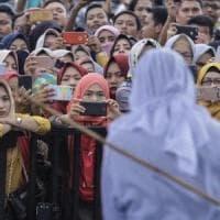 Indonesia, carcere e multe per ogni relazione sessuale fuori dal matrimonio: al vaglio...