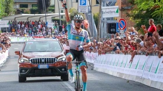 Ciclismo, Coppa Sabatini a Lutsenko: primo dopo 90 km di fuga solitaria