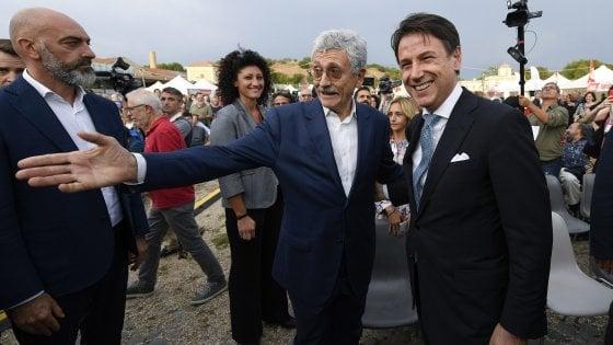 """Conte: """"Renzi? Sorpreso dai tempi. Ma il governo è sostenibile"""". E replica a Di Battista: """"Del Pd mi fido"""""""