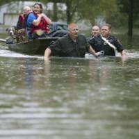 Piogge torrenziali in Texas, Houston sommersa: una vittima