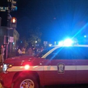 """Sparatoria nelle strade di Washington. La polizia: """"Almeno un morto e cinque feriti gravi"""""""