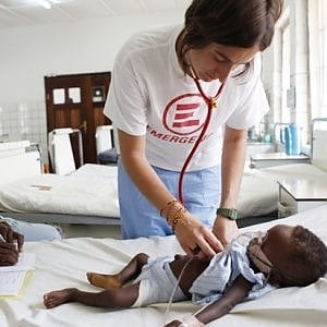 Sierra Leone , dove i bambini muoiono bevendo per sbaglio la soda caustica