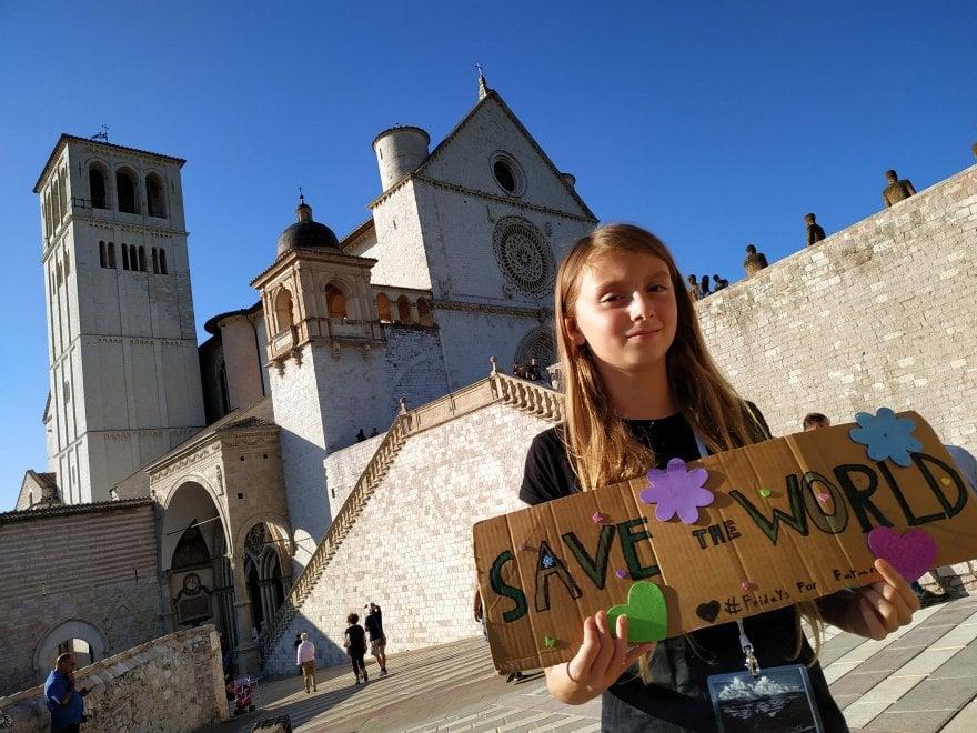 Assisi, al cortile di Francesco arriva Alice, la Greta italiana