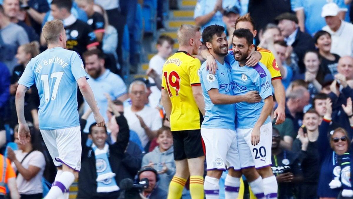 Premier League: Manchester City esagerato, 8-0 al Watford. Tottenham ko con il Leicester