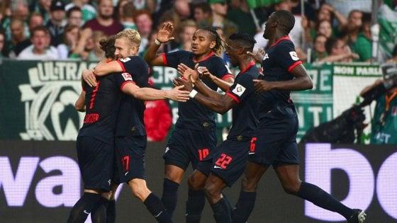 Bundesliga, il Lipsia risponde al Bayern e resta solo in vetta