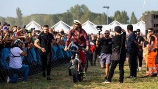 Jovanotti chiude il Beach Tour a Linate: in 100mila per il gran finale