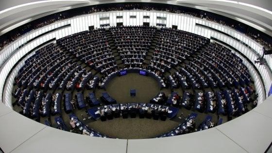 Il comunismo come il nazismo: lite a sinistra sulla risoluzione votata dal Parlamento europeo