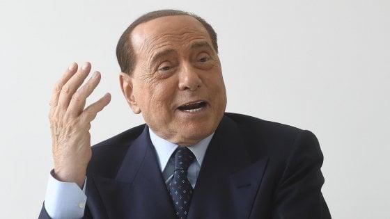 """Berlusconi, messaggio a Salvini: """"La sua Opa su Fi è fallita"""". E su Renzi: """"Chi va con lui è fuori"""""""