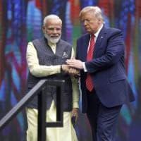 Texas, incontro show tra Trump e il primo ministro indiano Modi