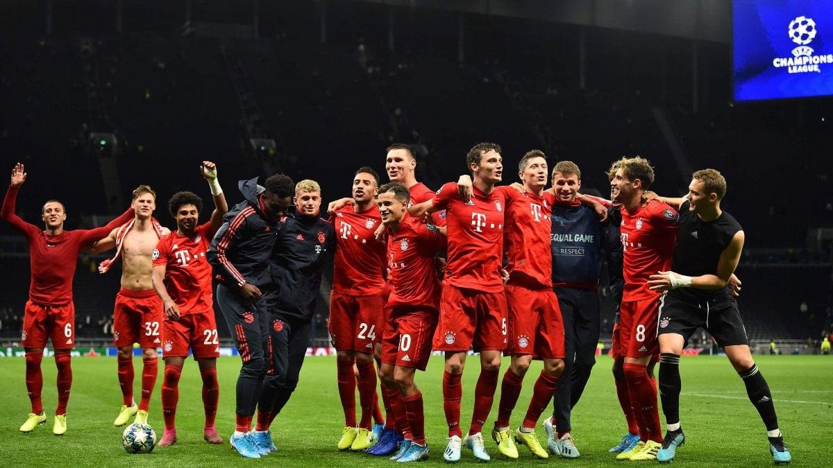 Champions, Icardi lancia il Psg. Il Bayern ne fa sette al Tottenham ...