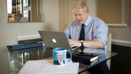 Brexit, ecco l'offerta finale di Boris Johnson alla Ue. Ma da Dublino arriva il primo no