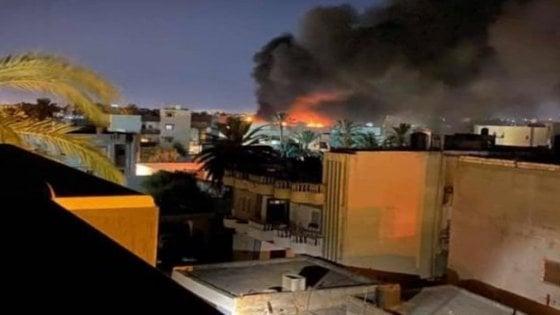Libia, nuovo attacco delle forze di Haftar sull'aeroporto degli italiani