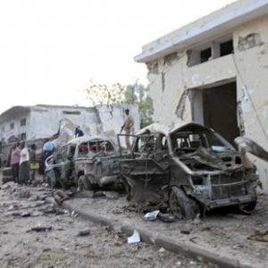 Amnesty, Somalia: nuove prove sulle uccisioni di civili negli attacchi aerei USA