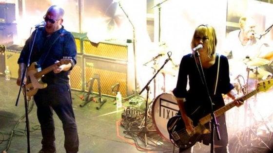 È morta Kim Shattuck, bassista e voce dei Muffs, suonò anche con i Pixies