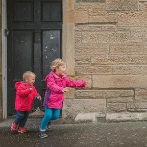 La Scozia vieta per legge di dare schiaffi ai figli