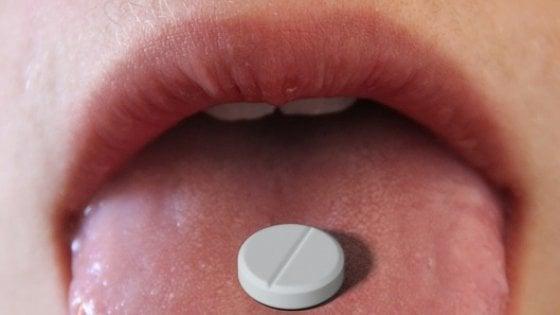 Francia, paracetamolo e altri antinfiammatori solo su consiglio del farmacista