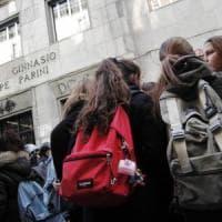 """Scuola, il sondaggio sull'insegnamento della Storia. Docenti e studenti: """"Materia utile e..."""