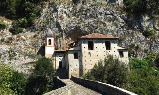 Calabria: tra castelli, soppressata e bocconotti, bellezze e sapori della Valle del Lao