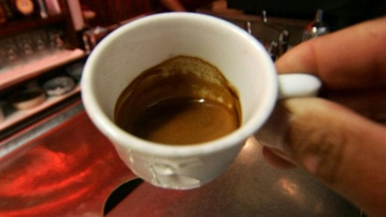 Ricerca: la caffeina migliora la capacità di lettura