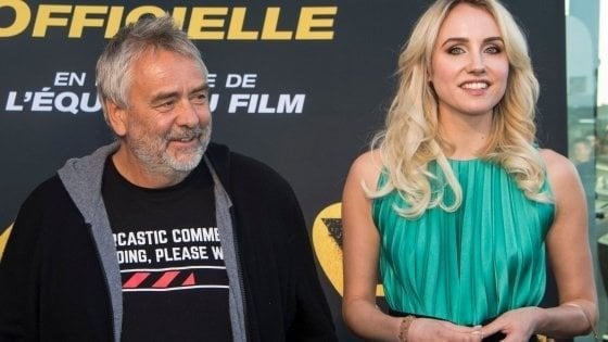 """Luc Besson si difende dalle accuse di violenza: """"Ho tradito mia moglie ma non ho stuprato nessuno"""""""