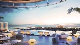 Dubai, piscina da brivido