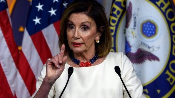 """Nancy Pelosi attacca Trump: """"I tentativi di nascondere la verità sono ostruzioni"""""""