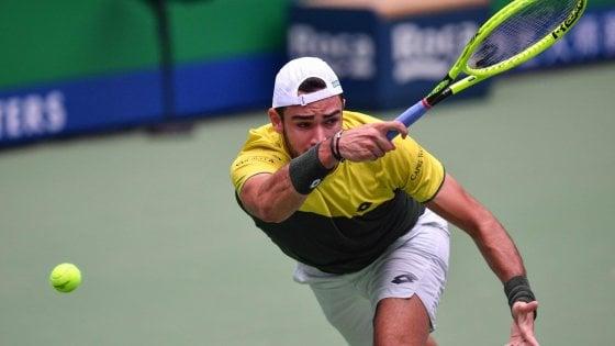 Tennis, Shanghai: Berrettini batte Garin raggiunge Fognini negli ottavi. Bene Djokovic