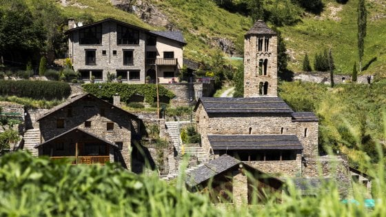 Trekking, sci o relax in una spa. Andorra, piccolo eden da scoprire