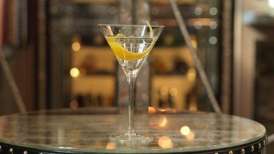 """Il barman (italiano) del miglior cocktail bar d'Europa: """"I drink? Un abito su misura"""""""