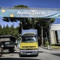 """Italia 5Stelle, a Napoli Grillo, Casaleggio e Conte. Di Maio: """"Presenteremo nuove..."""