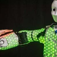 Per i robot una pelle artificiale sensibile. Come quella umana