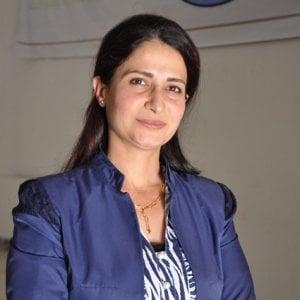 Hevrin Khalaf attivista per i diritti delle donne siriane viene assassinata a 35 anni dai miliziani