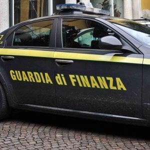 Riciclaggio e fatture false, indagate 650 persone e sequestri per 20 milioni di euro