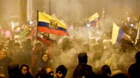 Ecuador, vince la piazza: il presidente ritira il decreto benzina