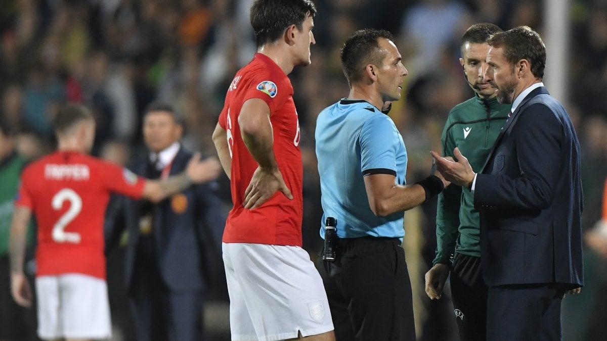 Razzismo, Uefa apre indagine su Bulgaria-Inghilterra. Boris Johnson: ''Cori ignobili''