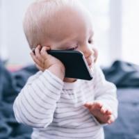 Smartphone e tablet, una dipendenza che inizia nell'infanzia