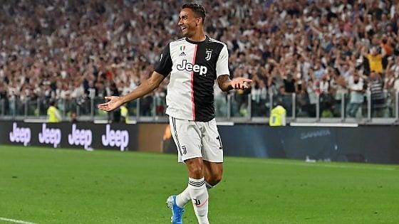 Juventus, Danilo pronto al rientro col Bologna. E Sarri ora ha limbarazzo della scelta