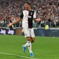 Juventus, Danilo pronto al rientro col Bologna. E Sarri ora ha l'imbarazzo