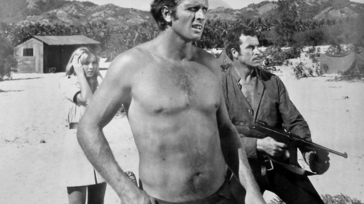 """Usa, il figlio di """"Tarzan"""" uccide la madre a coltellate: tragedia nel ranch dell'attore Ron Ely"""