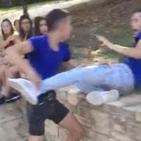 """Aggressione omofoba di Cagliari, la polizia: """"Ecco come un video virale diventa fake news"""""""